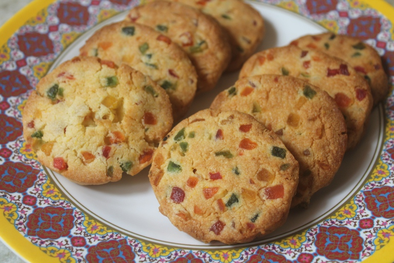 Karachi Biscuits Recipe – Tutti Fruity Cookies Recipe