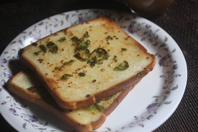 Butter Chilli Toast Recipe | Evening Tea Time Snack Recipe