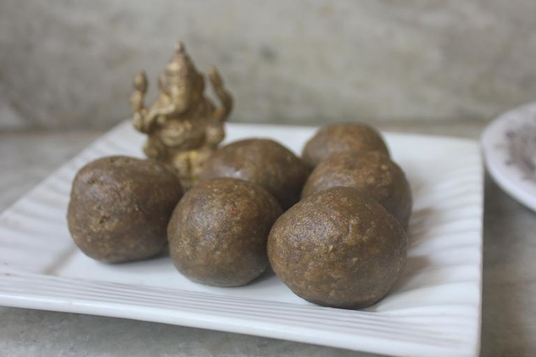 Kambu Inipu Kozhukattai Recipe – Bajra Sweet Kolukattai Recipe