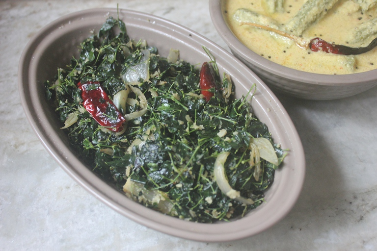 Drumstick Leaves Onion Poriyal Recipe