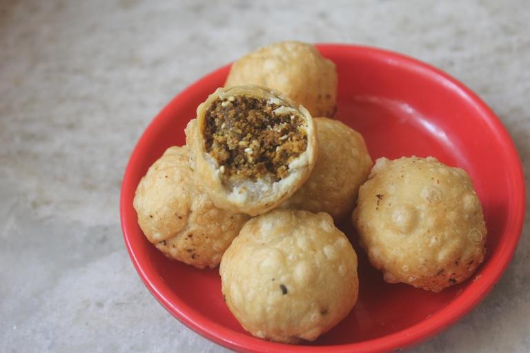 Dry Kachori Recipe – Easy Diwali Snacks Recipes