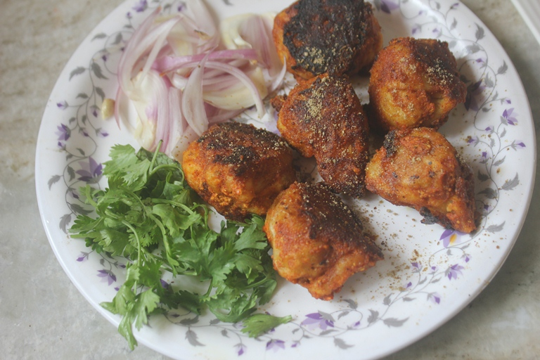 Tandoori Momos Recipe – How to Make Tandoori Momos in a Pan