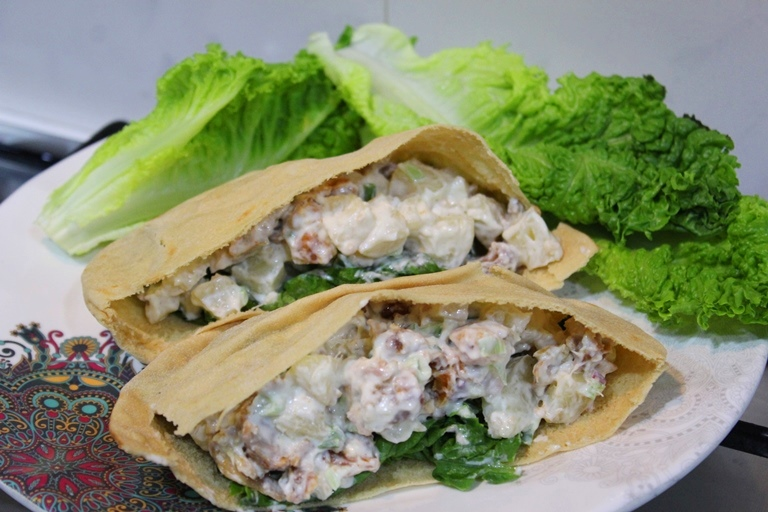 Hawaiian Chicken Pita Pockets