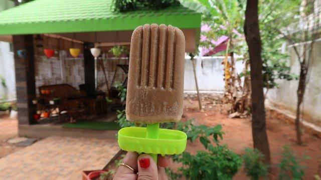 Dalgona Popsicle